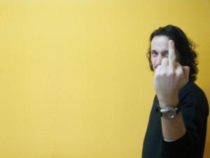 Insulto con el dedo